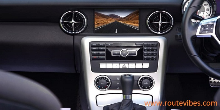 Install a touch screen stereo in a car